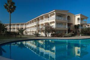 Resort-P16-300x199