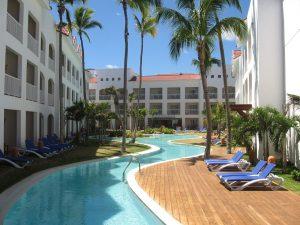 Resort-P18-300x225