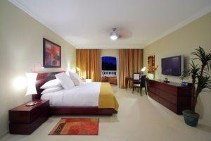 Room-P19-300x200